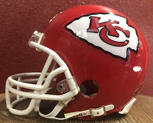 NFL Throwback Kansas City Chiefs Riddell Mini  Football Helmet & Facemask