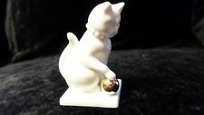 Blanc de Chine  Franklin Mint Curio Cabinet Cats Collection w/o Card