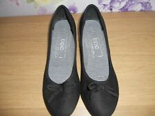BPC BLACK FAUX SUEDE SMALL WEDGE HEELS SHOES SIZE 5