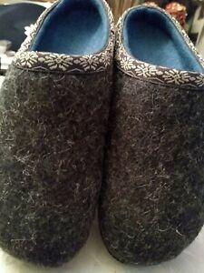 LL Bean Wool slipper clog women's size 9 shale grey