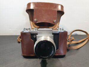 Praktica avec objectif Carl Zeiss Jena Biotar 2/58 appareil photo ancien
