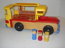 "Playskool RV Motorhome Camper + 3 Figures Wood & Plastic 17x9x8"" Vintage 1970's"
