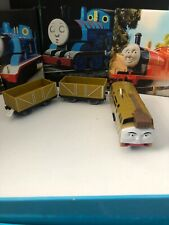 Thomas And Friends Tomy Trackmaster D10 con camiones