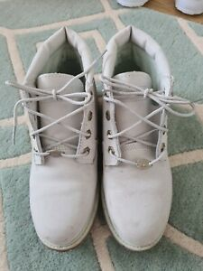 Ladies White Timberland Boots Size 5