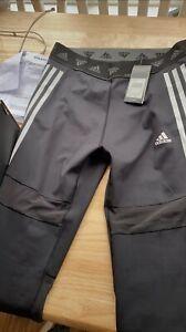 Ladies adidas Training 3 stripe leggings in black mesh slit size large
