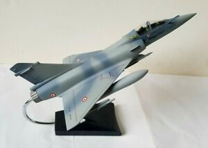 MAQUETTE RESINE MIRAGE 2000 5 - 1/48 - COLLECTOR HIGHER TECHNOLOGY BY DASSAULT