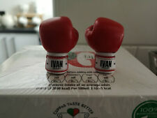 HOT TOYS ROCKY IV IVAN DRAGO GLOVES WITH PEGS MINT CONDITION