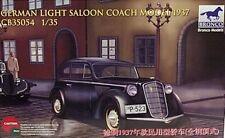Bronco 1/35 German Opel Saloon Coach 1937 Olympia Car Model Kit 35054