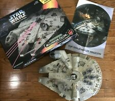 Star Wars Power of the Force Electronic Millennium Falcon Figure 1995 New Box