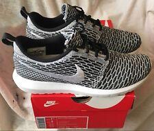 Nike Roshe Run Black Metallic Silver Gs 3,5y Us 35,5 Eur 22,5 Cm 599728 003