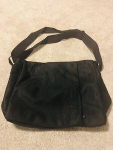 Jag Shoulder Bag