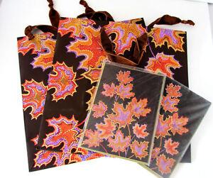 Papyrus Set of 2 Fall/Thanksgiving Gift Bags, 2 Medium, 2 Matching Cards