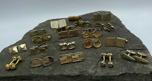 Lot of 20 Pairs of Gold Tons Cufflinks. Various Styles and Makers. 239 Grams
