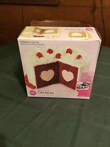 Wilton Heart Tasty Fill Cake Pan Set  #2105-157 New in Box - Non Stick