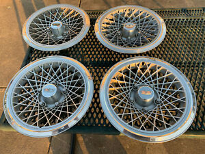"""OEM GM Set of 4 1977-1987 Chevrolet Caprice Diamond Patterned 15"""" Inch Hubcaps"""