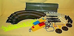 SLOT CAR TRACK ACCESSORIES LOOSE AS IS STRAIGHT CURVED SIGN BRIDGE RAIL CONTROL.