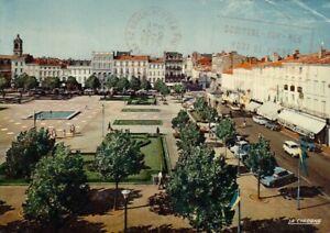 Rochefort (Charente-Marit.) La Place Colbert gl1975 G4905