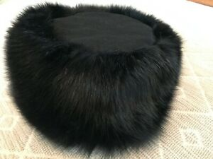 Brooks Brothers Women's Black Fox Fur Hat with Cashmere Crown and Silk lining