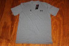 Men's Under Armour Lockup Short Sleeve T-Shirt 1355910 size medium Nwt