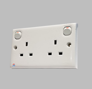 Clipsal E25 Double Socket Switched, 13A  250V Impact Resistance ( White )