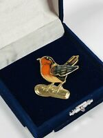 Vintage Brooch Gold Tone Red Robin Bird Articulated Wing Fun Kitsch Costume Gift