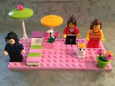 LEGO 3 Lady Minifigures Umbrellas Lounge Chair Flowers Bunny Outside FUN
