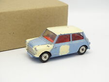 Corgi Toys 1/43 - Morris Mini Minor