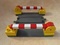 LEGO DUPLO EISENBAHN BAHNÜBERGANG ALTES GRAU no2
