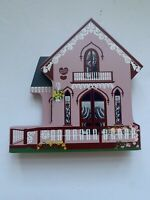 Shelia's Collectibles The Wooden Valentine  Oaks Bluff Massachusetts 1993