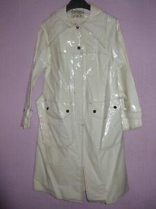 VINTAGE WHITE 60S/70S PATENT VINYL PLASTIC PVC MAC MOD RAIN COAT TRENCH RAINCOAT