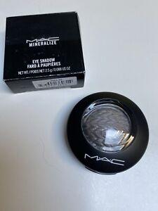 Genuine Mac Mineralize Eye Shadow Uninhibited