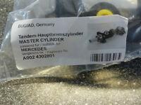 Hauptbremszylinder für Mercedes W114 W115 200 220 230 250 250CE 200D 220D 300D
