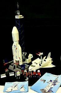PLAYMOBIL Space Bundle 6195 6196 Rocket & Launce Site Inc Accessories People #FT