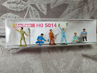 Merten 5014 HO - Gardeners - 7 pcs  - Action poses with tools & rock NICE SEALED