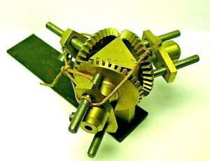 Renvois d'angle horloge regulateur uhr d'édifice comtoise Tower clock turmuhr 3