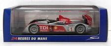 Véhicules miniatures sous boîte fermée pour Audi