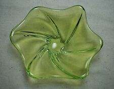 Chartreuse Green ART GLASS CANDY DISH / ASHTRAY Swung Swirl SIGNED 7 1/2""
