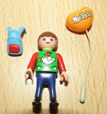 playmobil© Figur Kind Junge Rucksack Luftballon 4304 Bahnsteig Eisenbahn KOMPLET