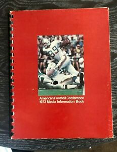 1973 AFC Media Information Book NFL Guide Dolphins Cover