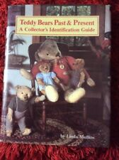 Teddy Bears Past and Present, Linda Mullins, Identification Guide , 0875882641,