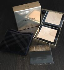 Burberry Limited Edition Gold Glow Fragranced Luminising Powder LIMITED EDITION
