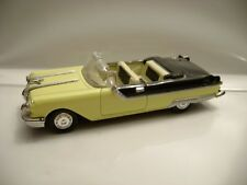 1955 Pontiac Starchief /  1:43 scale Die-Cast /  New Ray 2000  Excellent