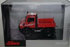 Schuco 07226 Mercedes-Benz Unimog U 1600 Red  in 1:32 scale