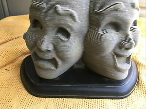1997 Milton Bradley 3D Sculpture Puzzle The Masks of Comedy and Tragedy USA 4749