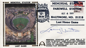 **Johnny Unitas Signed Autographed Cachet Baltimore Colts #3 PSA/DNA**