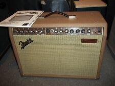Fender Acoustasonic Jr. 2X40 watt.