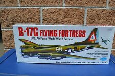 Guillows #2002 B-17G Flying Fortress Balsa wood Airplane model Kit new in box