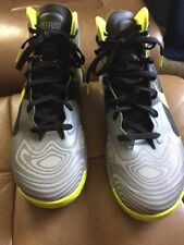 Nike Hyperfuse Supreme  Men Basketball Shoes size 12  cool grey/atomic green