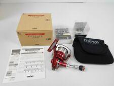Daiwa IZE FACTORY Certate 2500 Studio Ocean Mark Custom Spinning reel  [Rank B]