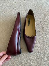 Laura Ashley Burguandy Flat Leather Shoes Pre Owned Size 6 (39)